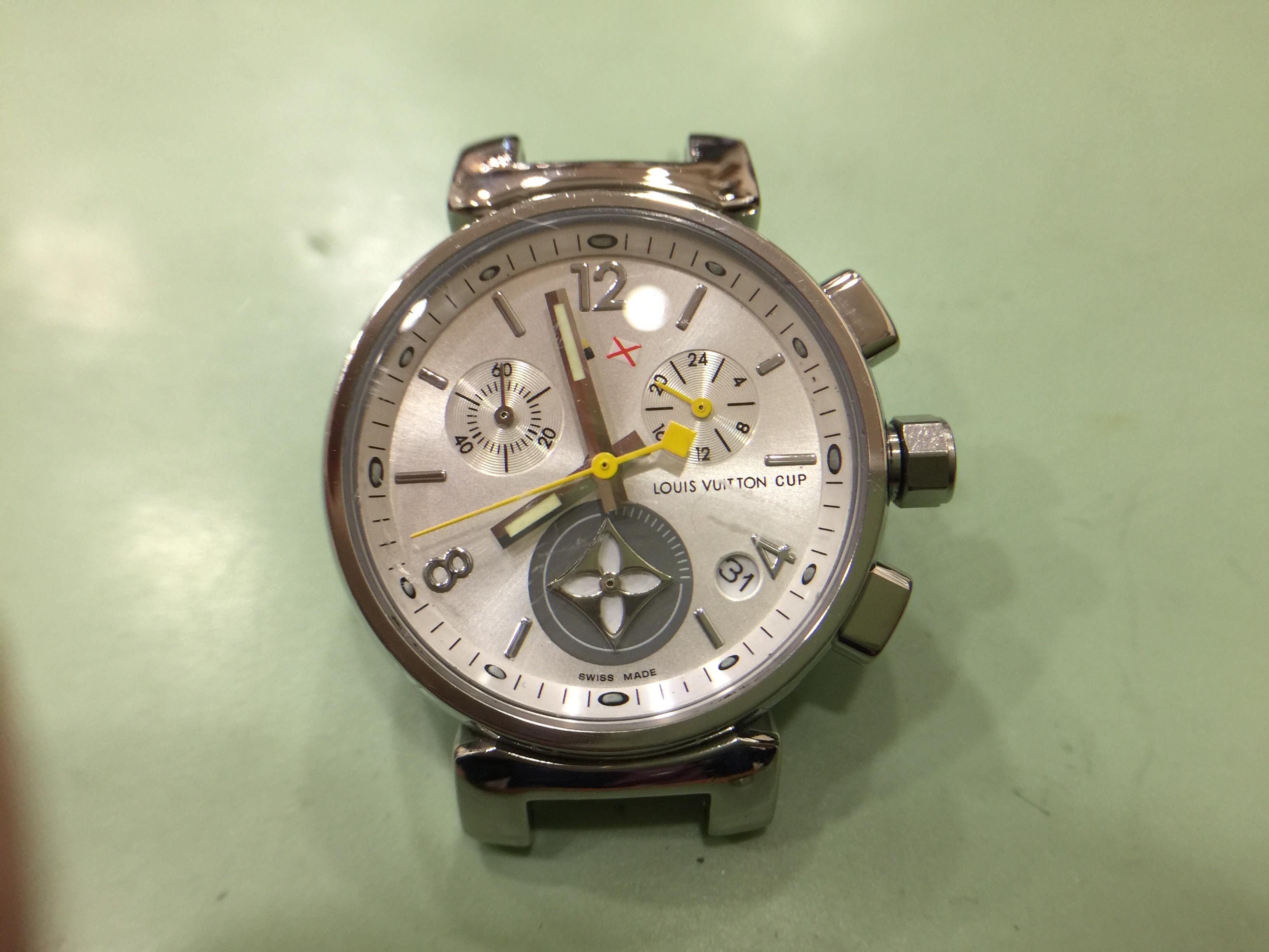 Luis Vuitton - Saat Kasası ve Saat Kapağı Çizik Silme ve Polisaj İşlemi