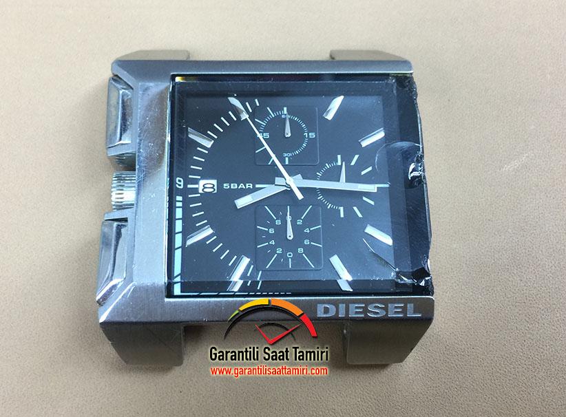 Diesel DZ4172 Saat Camı Değişimi
